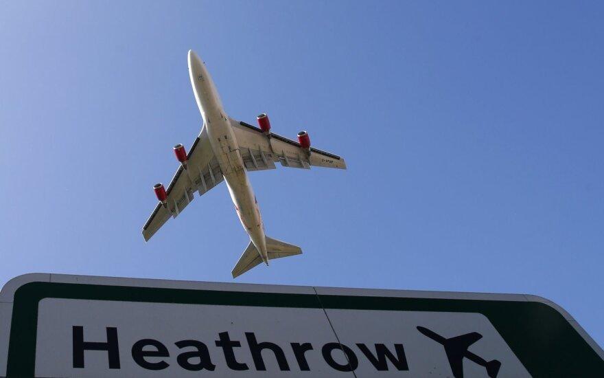 Дроны в Хитроу: вылеты из главного лондонского аэропорта возобновились