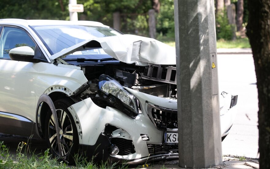 В Вильнюсе среди бела дня ДТП совершила нетрезвая водитель