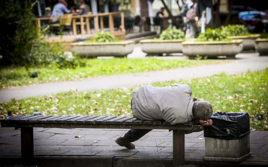 Премьер Литвы призывает узаконить принудительное лечение от алкоголизма