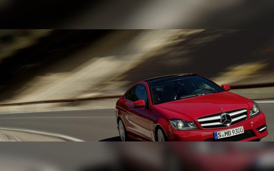 Mercedes-Benz в июне начнет продажи нового купе C-класса