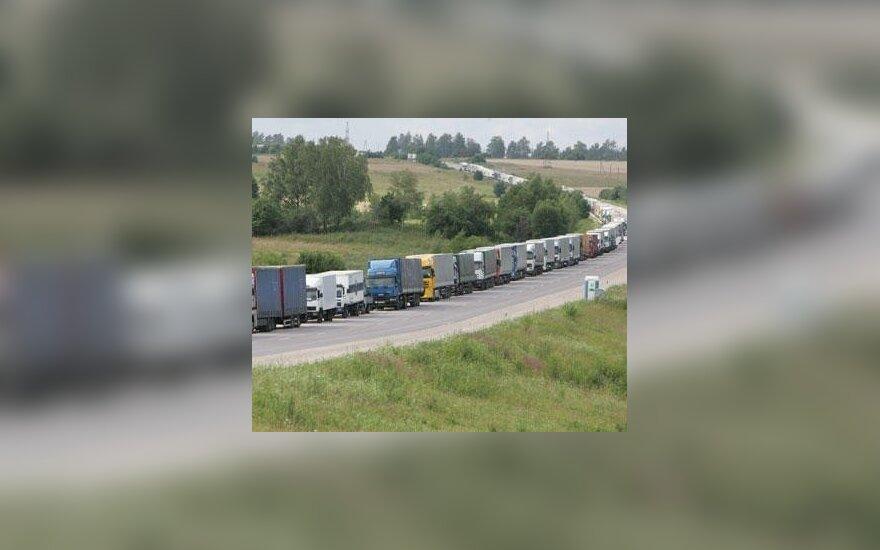 Sunkvežimių eilė Latvijos ir Rusijos pasienyje