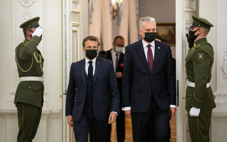 Макрон в Вильнюсе: сотрудничество с РФ необходимо для достижения долгосрочного мира
