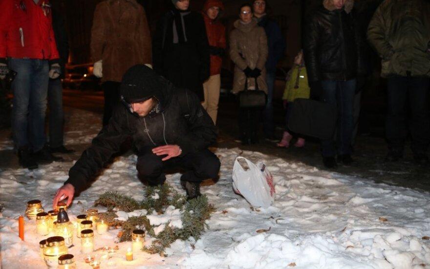 Solidarumo akcija prie Ukrainos ambasados
