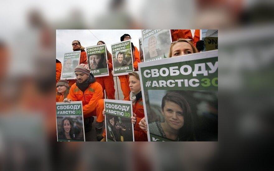 Все иностранцы с арестованного судна Greenpeace покинули Россию