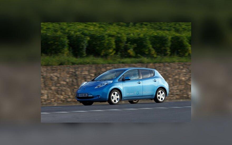 Автомобилем года в Европе стала Nissan Leaf