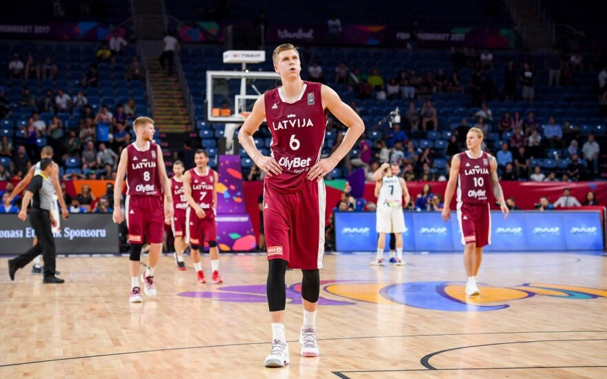 Латвийская звезда баскетбола Порзиньгис лишен водительских прав