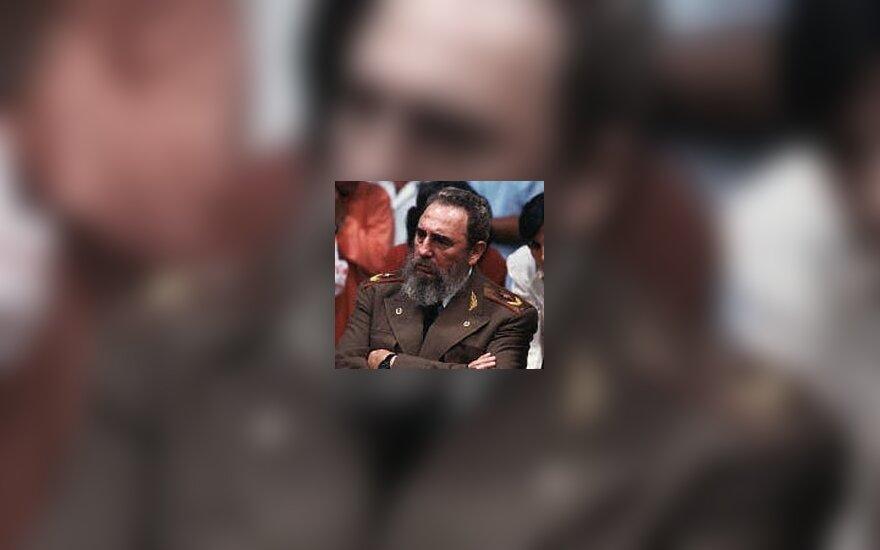 """Фидель Кастро отказался от """"подачек"""" Обамы"""