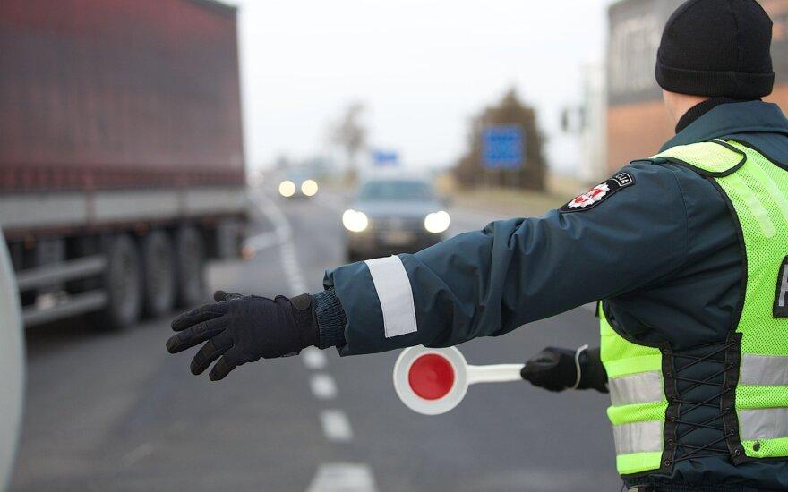 Литовский пограничник сам занимался контрабандной сигарет, коллеги его и задержали