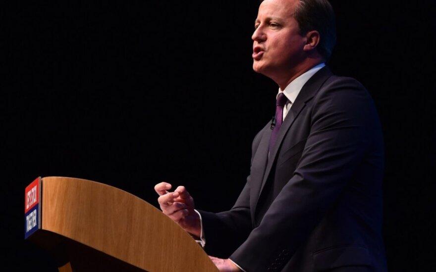 Rozwścieczony Davida Cameron walił pięścią w mównicę