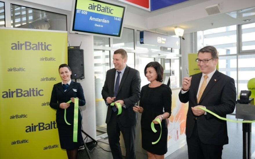 Airbaltic skrydis iš Vilniaus į Amsterdamą