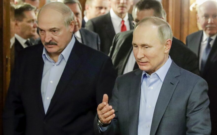 Обозреватель: большие вопросы к некоторым предстоящим событиям в Минске