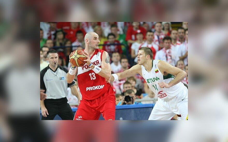 Литовская сборная потерпела второе поражение на ЧЕ