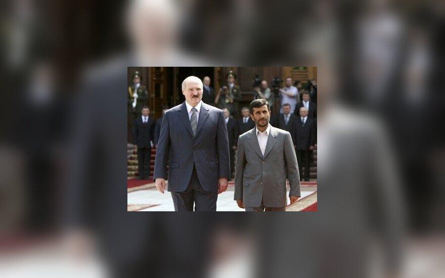 Американский наезд на Иран укрепляет Россию и Лукашенко