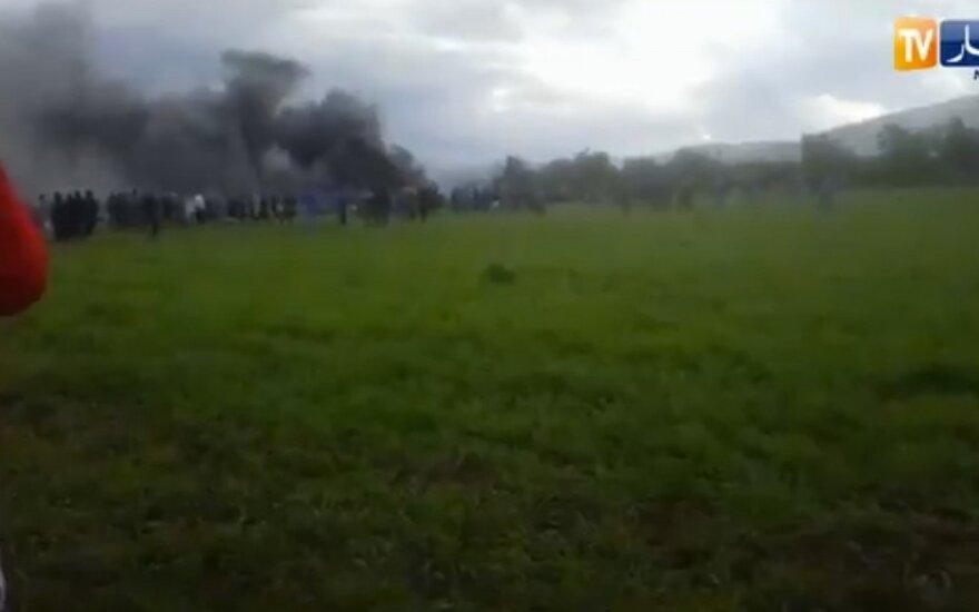Более 200 человек погибли при крушении самолета в Алжире