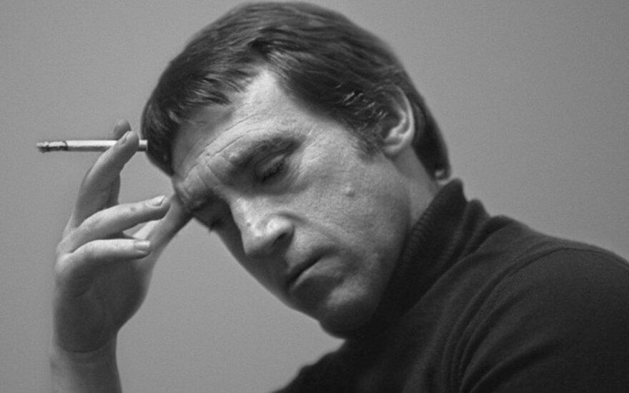 В Риге пройдет выставка вещей Высоцкого и иллюстраций Шемякина