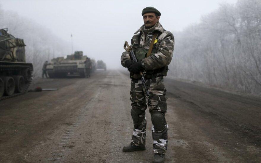 Конфликт на Украине: телефонная дипломатия продолжается