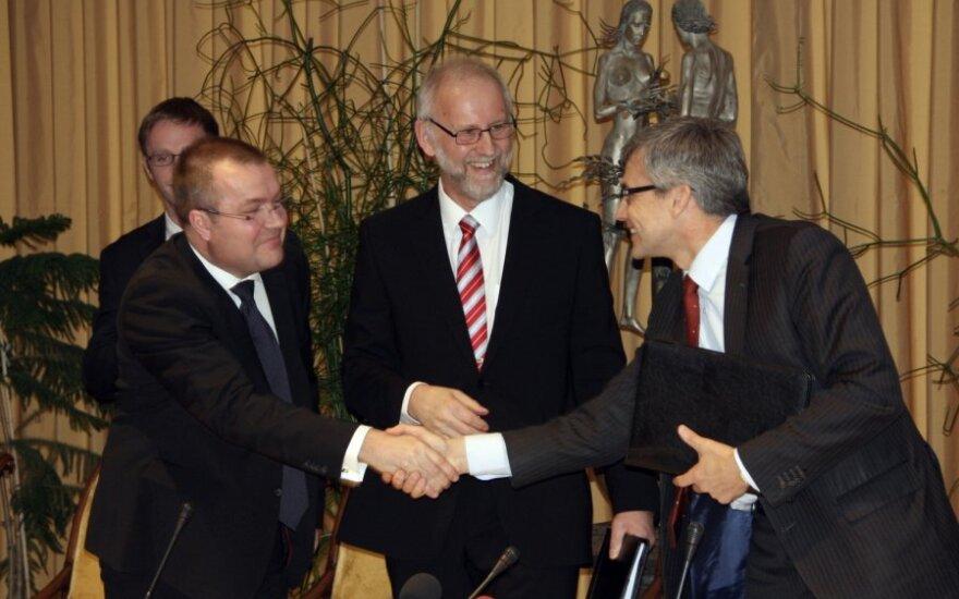 Hansas K. Johanssonas, Larsas Weimersas, Virgilijus Poderis