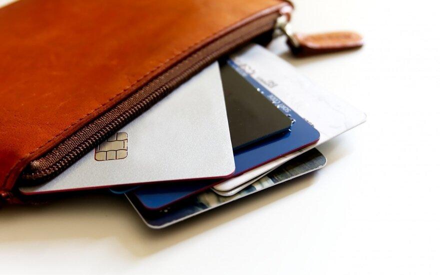 В студии красоты женщина потеряла кошелек с 24 тыс. евро
