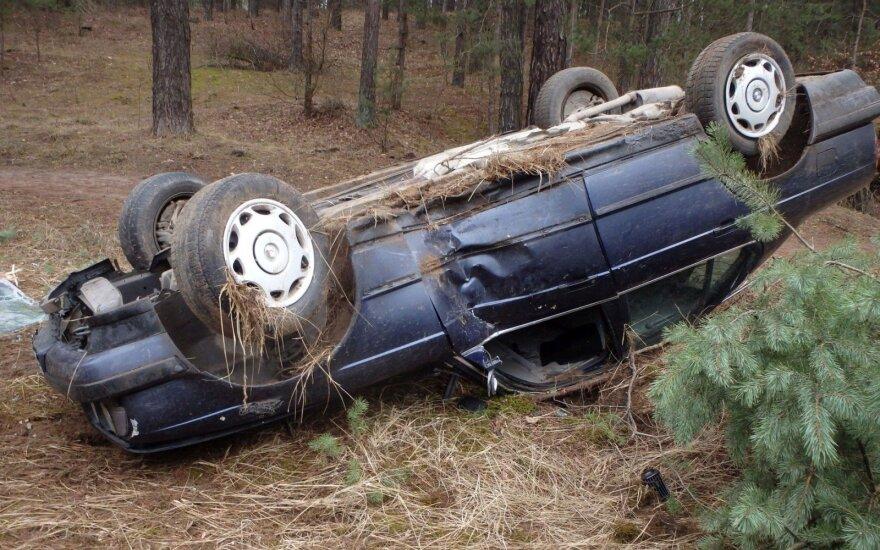 BMW перевернулся, водитель пропал