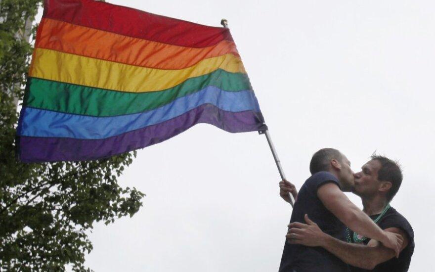 Posłowie na Sejm zaniepokojeni prawami homoseksualistów