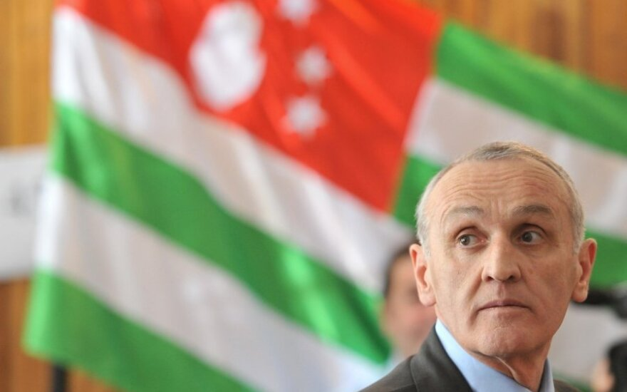 Prezydent Abchazji: należy położyć kres wojnie