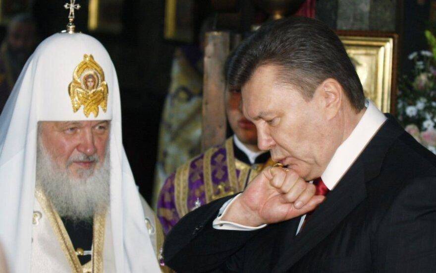 Patriarchas Kirilas, Viktoras Janukovyčius