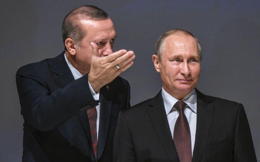Эрдоган обсудил с Путиным химическую атаку в Сирии