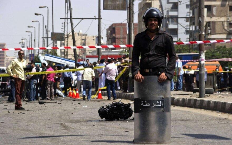 В Каире началась перестрелка сторонников Мурси с полицей