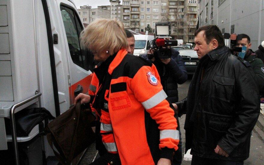 Появившегося на людях депутата Пукаса увезли на скорой