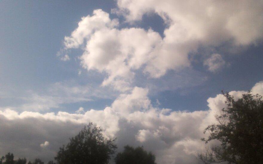 Įdomūs debesys, DELFI skaitytojo Ryčio nuotr.