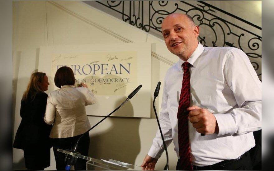 Ежи Помяновский: важно реально помогать Беларуси