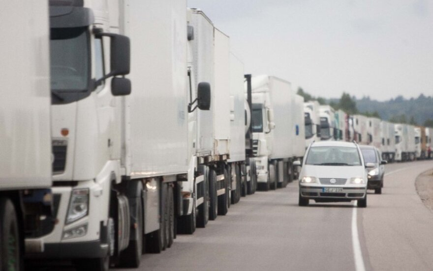 Проблема решена: очереди грузовиков на границе с Литвой должны уменьшиться
