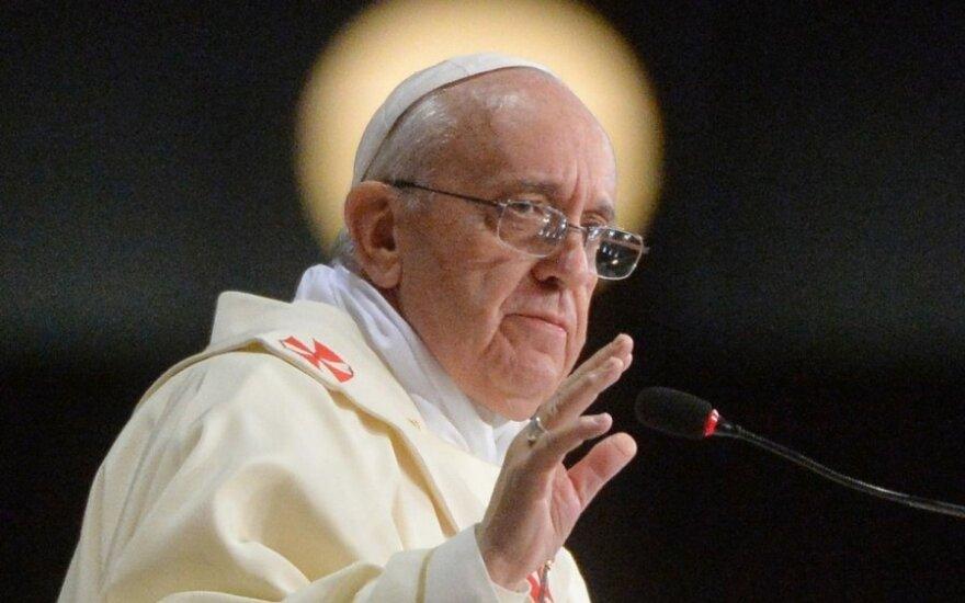 Папа римский: священники-геи должны быть прощены