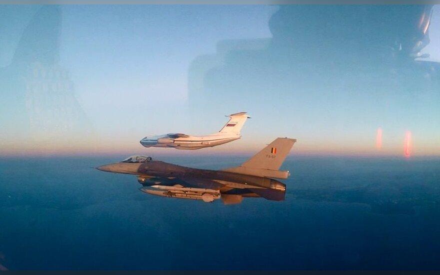 Пилот НАТО рассказал об издевках коллег из России при встречах в воздухе