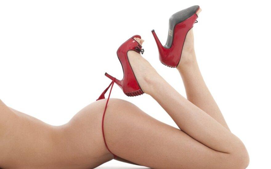 10 способов сделать ноги красивыми