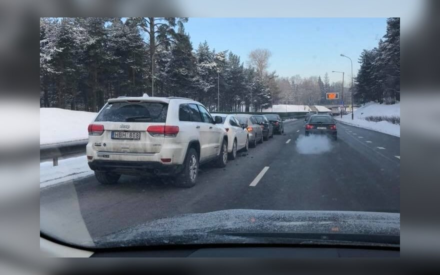ДТП на столичной улице Гележинё Вилко: столкнулись 7 автомобилей