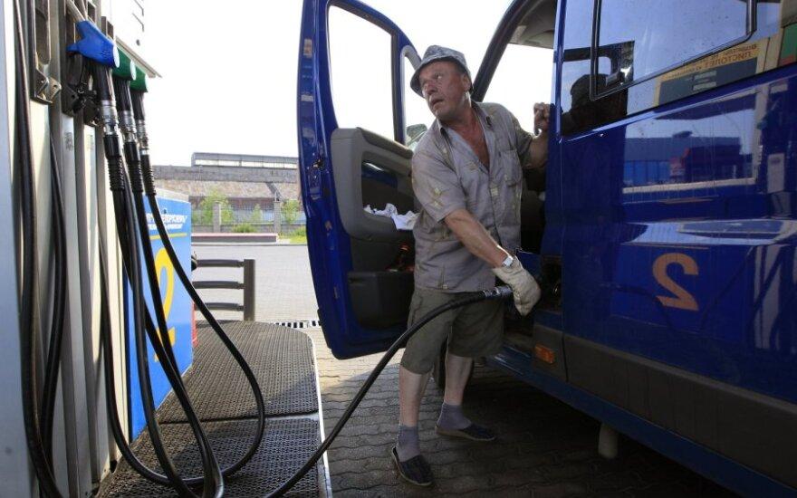 """""""Белнефтехим"""": при нынешних ценах бензин подорожает почти на четверть"""