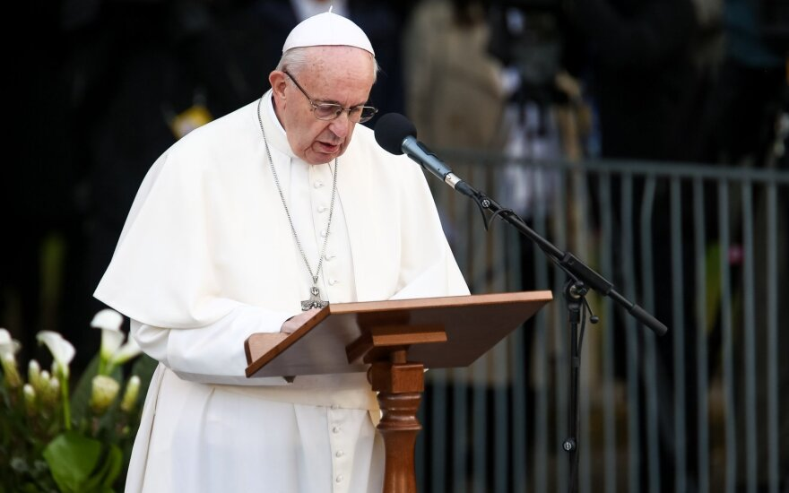 Папа Франциск приветствует обмен пленными между Украиной и Россией