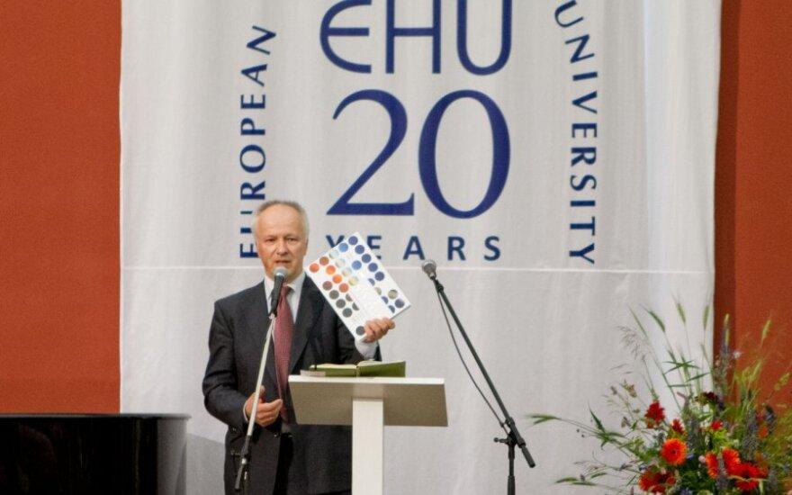 Większość absolwentów EHU wraca na Białoruś