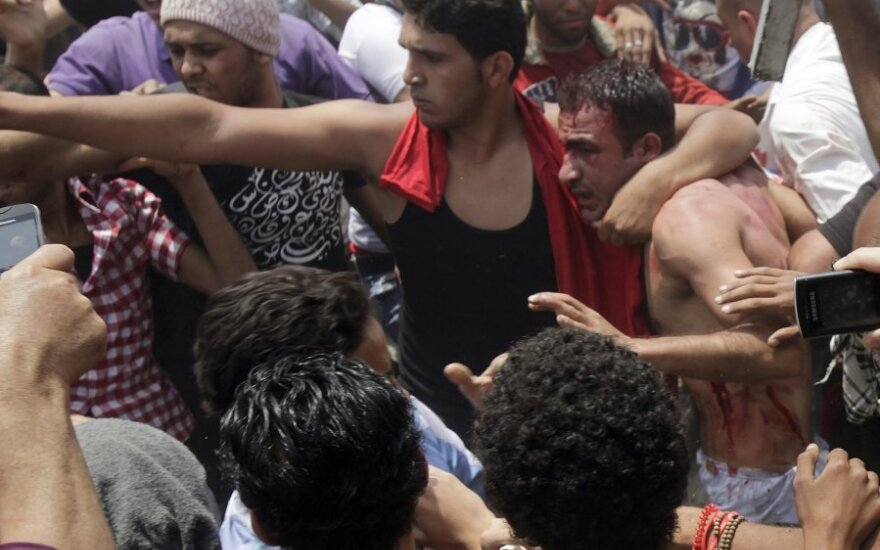 Egipto sostinėje – kruvini susirėmimai