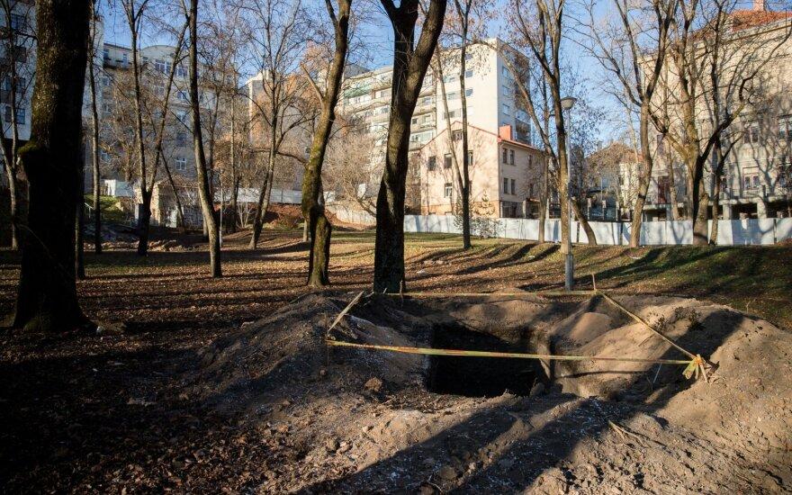 Продолжены работы в Реформатском парке: наполовину уменьшили количество вырубаемых деревьев
