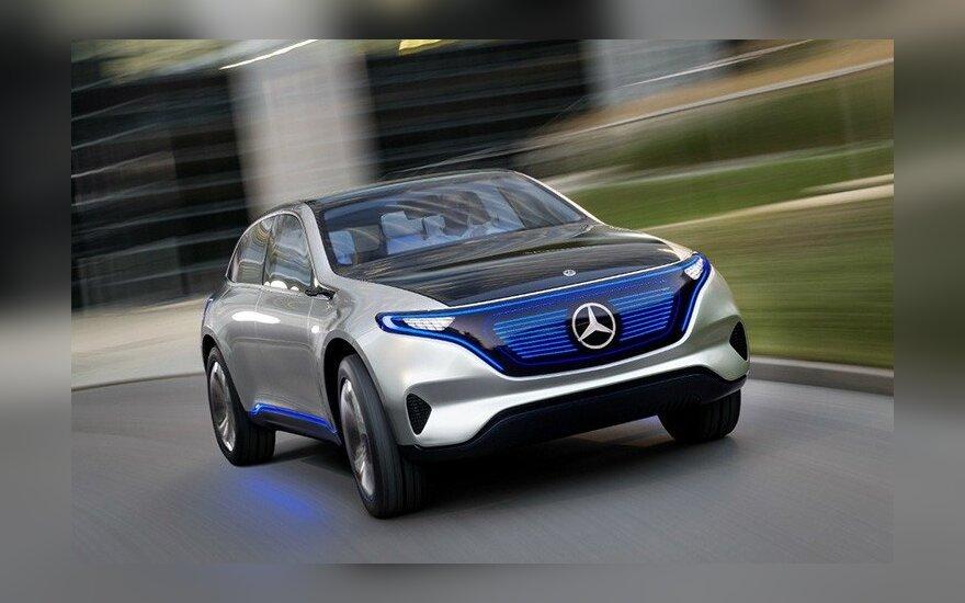 Электромобиль EQS от компании Mercedes.