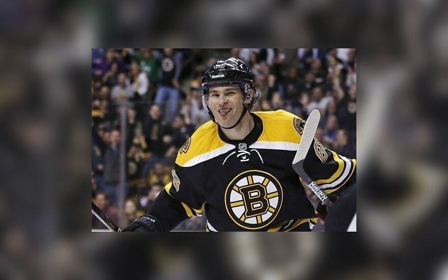 """Ягр выходит на пятое место в истории, """"Бостон"""" ведет 3-0"""