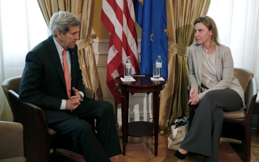 Johnas Kerry, Federica Mogherini