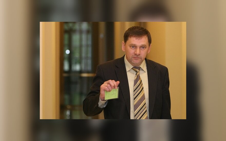Консерваторы предлагают А.Валинскасу подумать и уйти самому