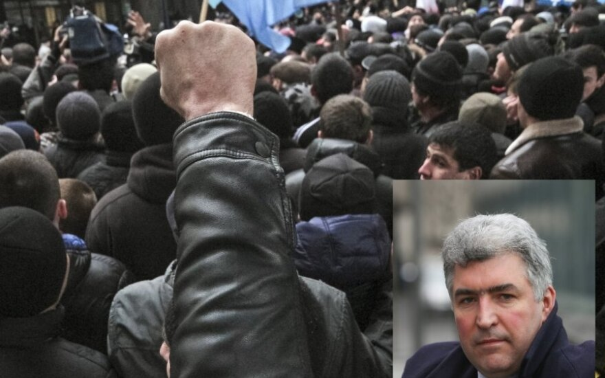 Напряжение в Крыму: российская интервенция - реальный сценарий?