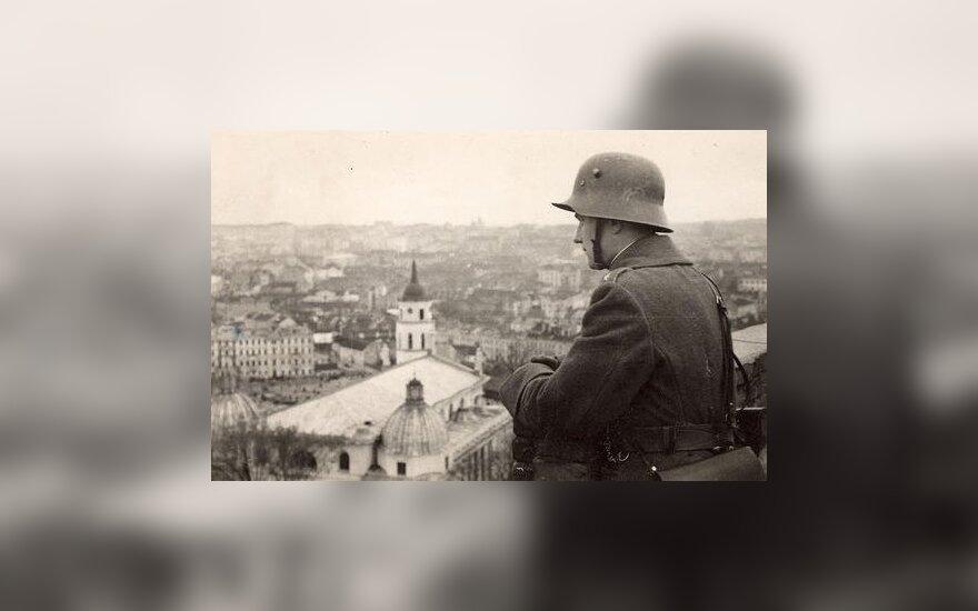 Литовский солдат в Вильнюсе (1939 г.), фото ww2incolor.com