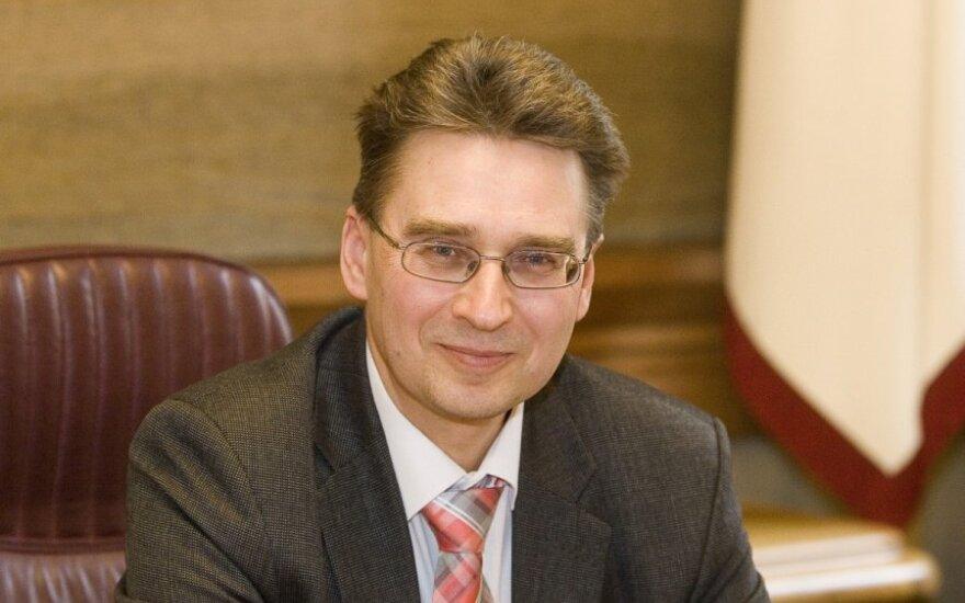 Временный ректор ВУ: планируем при приеме не учитывать результат экзамена по литовскому