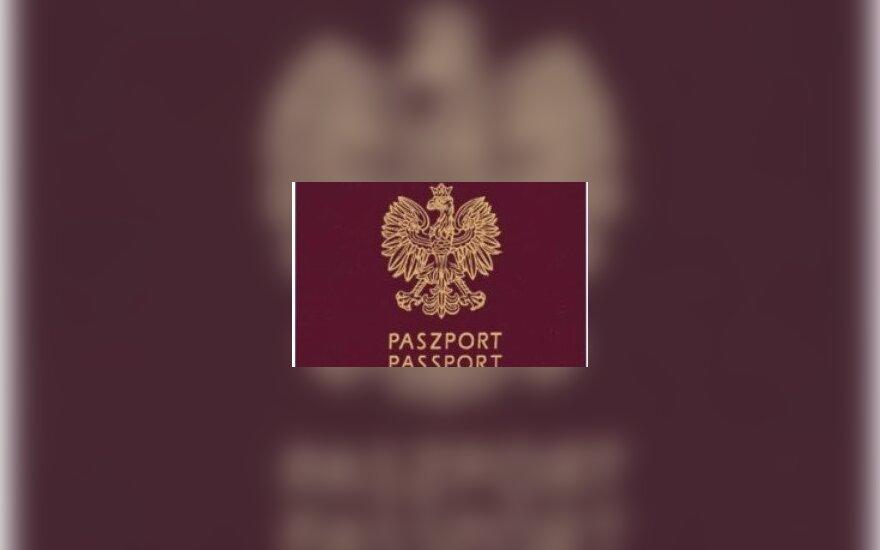"Polski paszport. ""Polska ePaszport"" autorstwa Original uploader was Normadic at en.wikipedia - Transferred from en.wikipedia; transferred to Commons by User:Smooth_O using CommonsHelper.. Licencja Domena publiczna na podstawie Wikimedia Commons - https://"