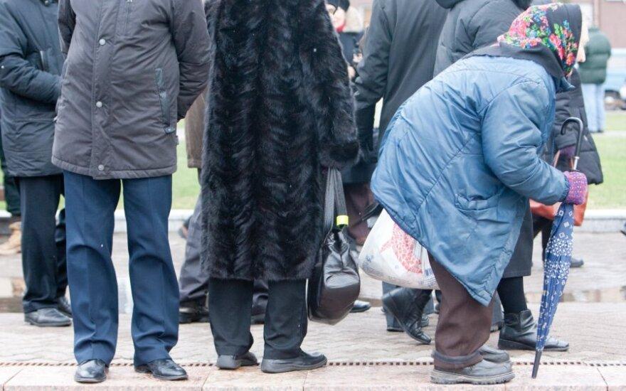 Буткявичюс: возврат пенсий намечен на 2014 год